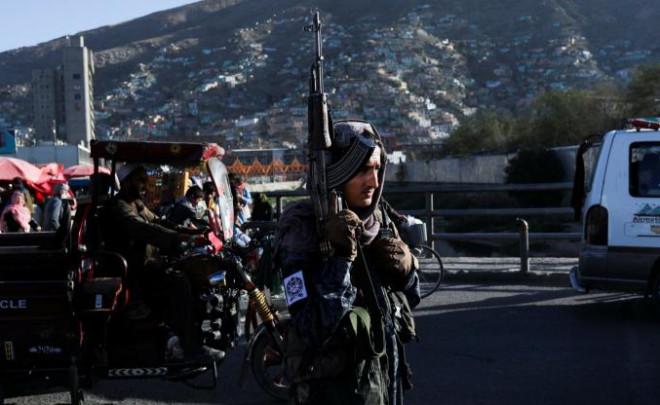 IS tuyên bố ba vụ tấn công sát hại 6 thành viên Taliban - 1