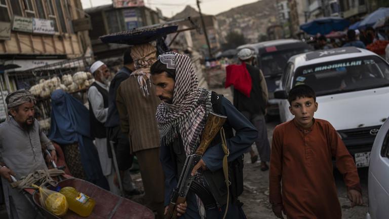 Mỹ cho phép viện trợ nhân đạo Afghanistan thông qua Taliban - 1