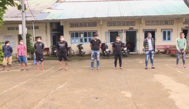 Tạm giữ 2 nhóm thanh niên nổ súng, rượt đuổi gây náo loạn ở Vĩnh Long - 1