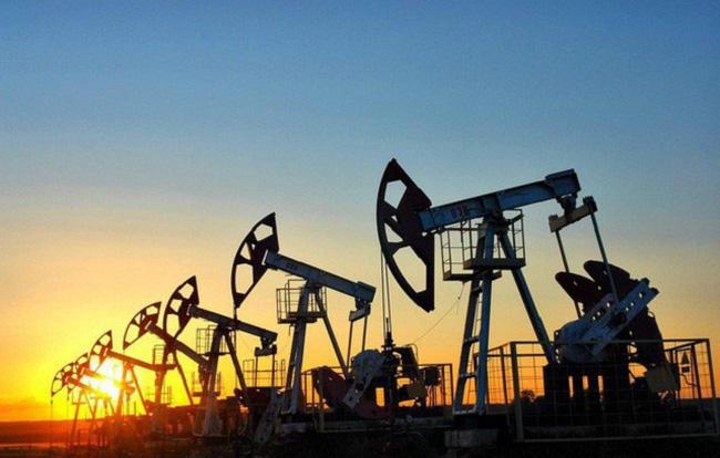 Giá xăng dầu hôm nay 27/9: Tiếp tục tăng sau khi lên đỉnh 3 năm - 1