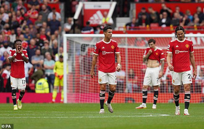 MU - Ronaldo bị huyền thoại chê kỳ quặc, thua xa Liverpool và Man City - 1