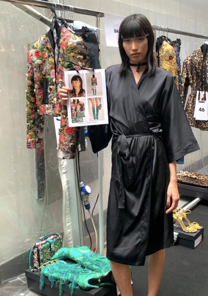 Người mẫu Việt đầu tiên trình diễn cho Dolce&Gabbana - 1
