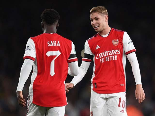 """Sức trẻ giúp Arsenal hồi sinh, thăng hoa nhờ cặp """"Ronaldo - Rooney mới"""" - 1"""