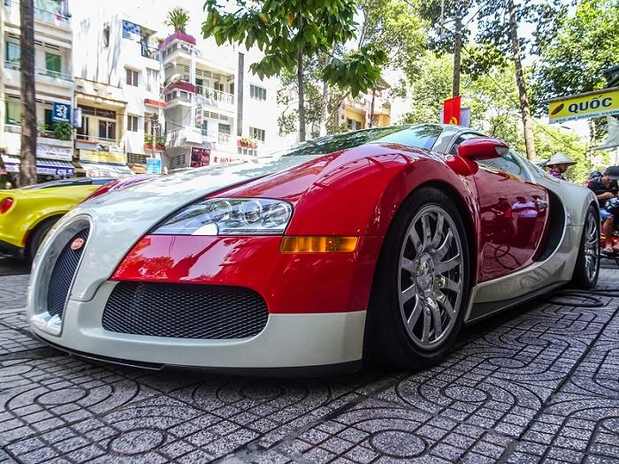 Những siêu xe, xe sang tầm giá 40 - 50 tỷ đồng tại Việt Nam - 1
