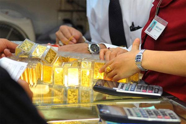 Giá vàng hôm nay 8/10: Vàng giảm nhưng tại sao chuyên gia vẫn khuyên nhất định phải mua? - 1