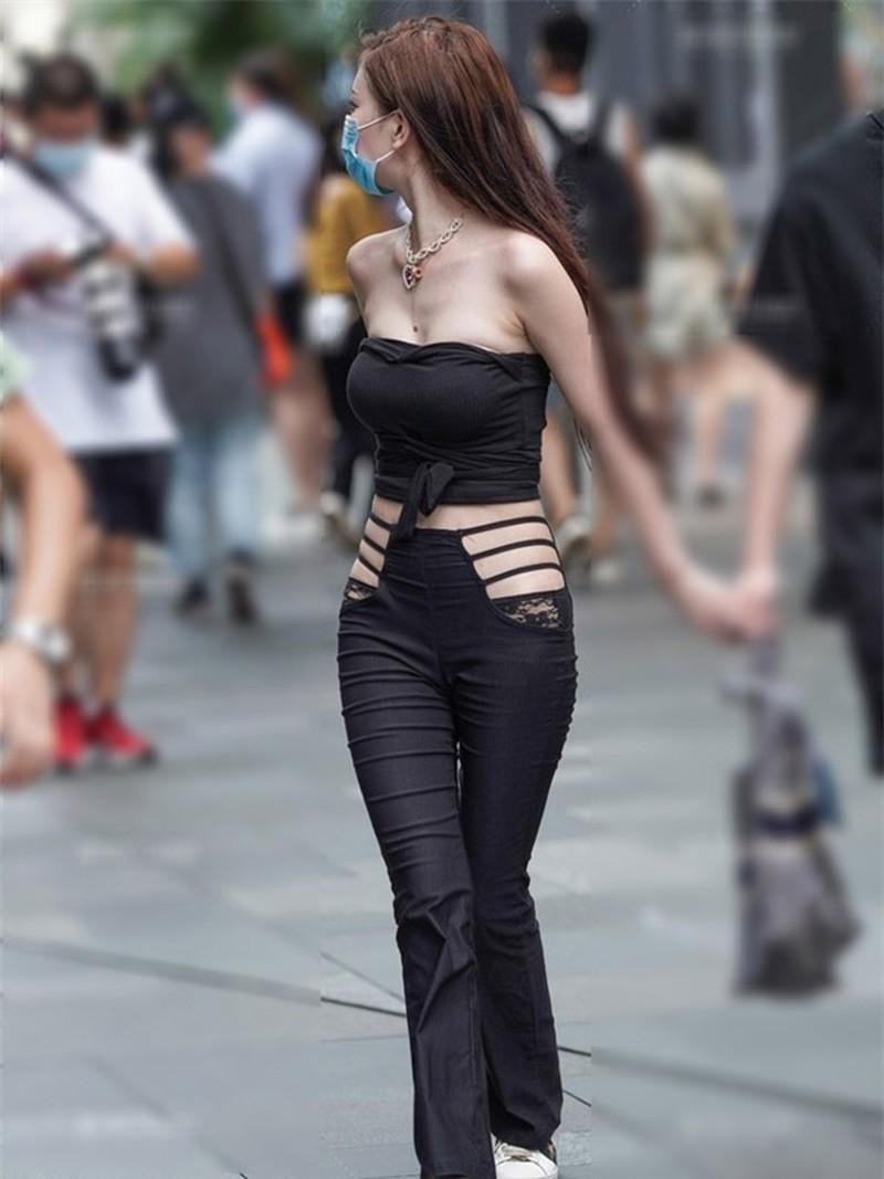 Người mẫu Đài Loan gây chú ý tại cây xăng vì mắc lỗi