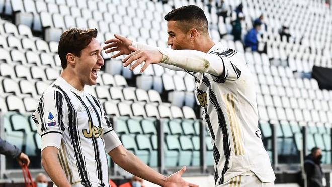 """Ronaldo ra """"yêu sách"""" với MU, đòi tái hợp SAO Juventus 100 triệu bảng - 1"""