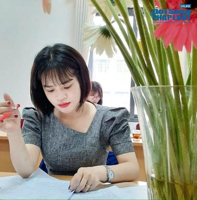 """Cô giáo 9x xinh đẹp """"gây sốt"""" với cách dạy Văn bằng công thức, thu hút hàng triệu like trên TikTok - 1"""