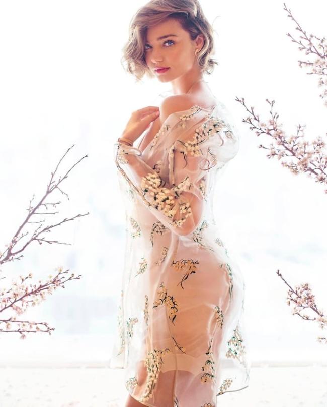 Miranda Kerr là người mẫu mang quốc tịch Úc nổi tiếng với vai trò thiên thần của Victoria'sSecret.