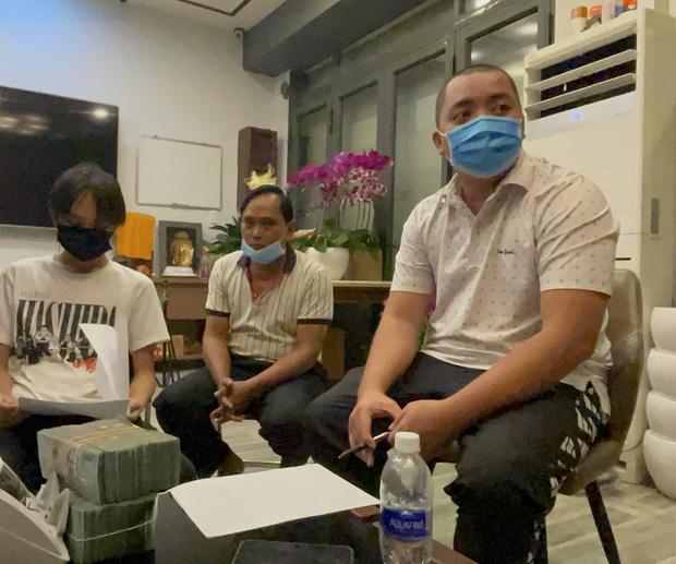 Hồ Văn Cường đến ngân hàng làm điều này sau khi nhận bàn giao tiền từ quản lý Phi Nhung - 1