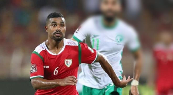 Độ Mixi bất ngờ bị gọi tên khi cầu thủ Oman liên tiếp truy cản Quang Hải, Công Phượng - 1