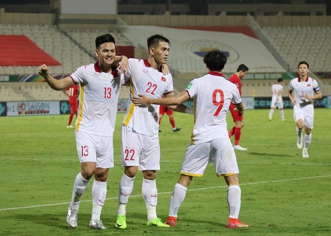 Tiến Linh áp đảo Son Heung Min, dễ ẵm giải Cầu thủ hay nhất vòng loại World Cup - 1