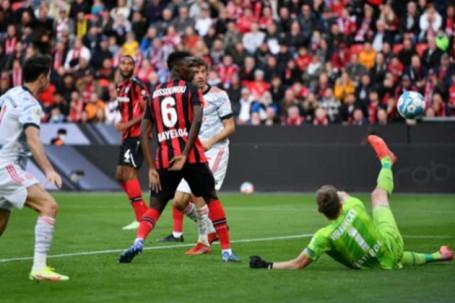 Video bóng đá Leverkusen - Bayern Munich: 4 bàn trong 7 phút, đè bẹp khủng khiếp