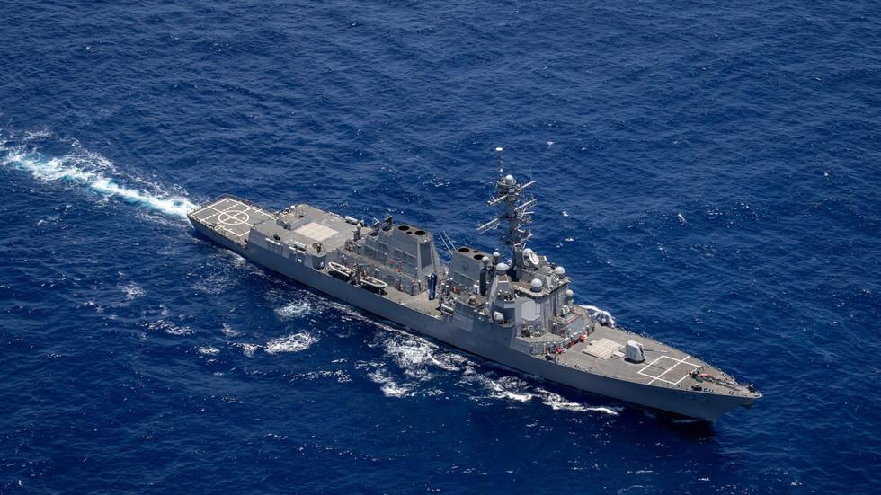 Mỹ và Canada điều tàu chiến qua eo biển Đài Loan, TQ phản ứng gắt