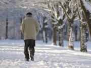 Tin tức sức khỏe - Cẩn thận trời lạnh, mỡ máu dễ gây tai biến và giải pháp từ Nhật Bản!
